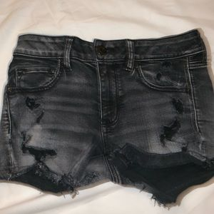 Black American eagle mid rise shorts